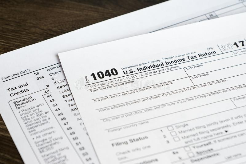 1040 forma z podatkiem sekcja i kredytami, zbliżenie strzał zdjęcie royalty free