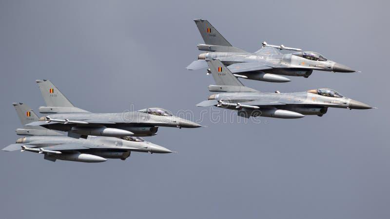 Formación belga de los aviones de reacción del caza F-16 de la fuerza aérea foto de archivo libre de regalías