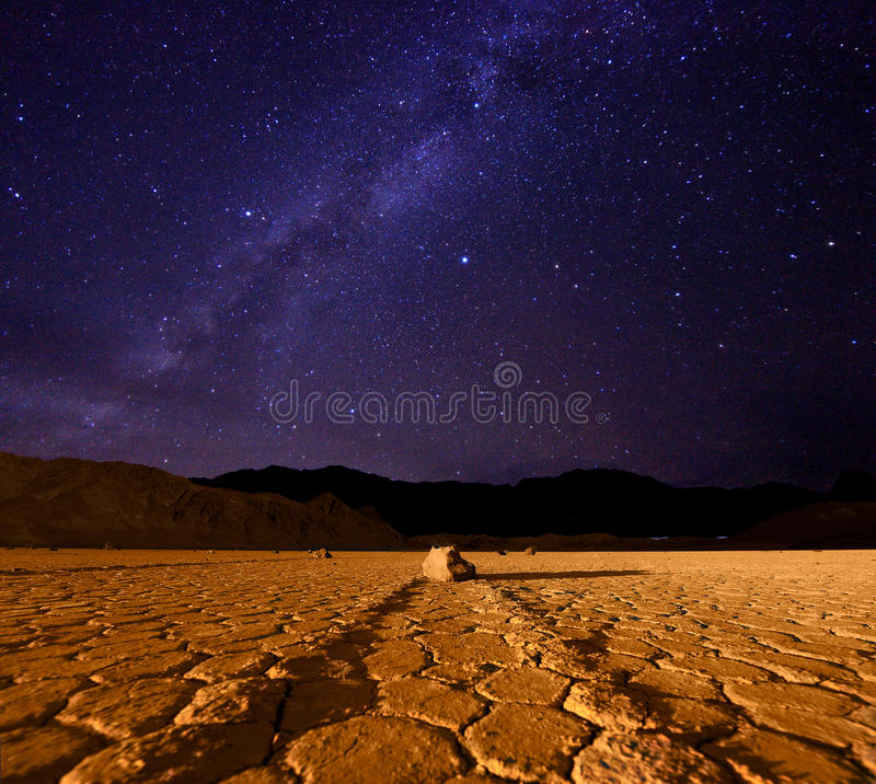 Formación de la manera lechosa en Death Valley California imagen de archivo