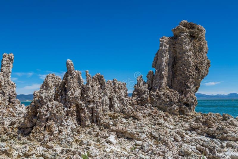 Formación de la toba volcánica en el mono lago foto de archivo libre de regalías