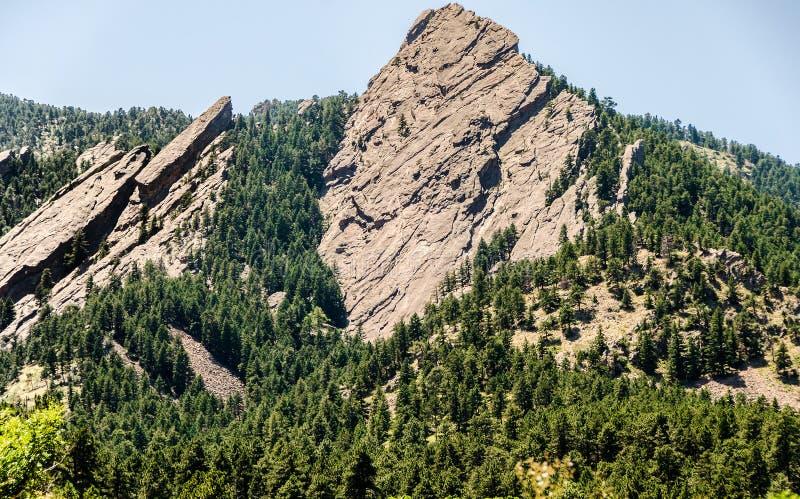 Formación de roca de las planchas Boulder Colorado fotos de archivo