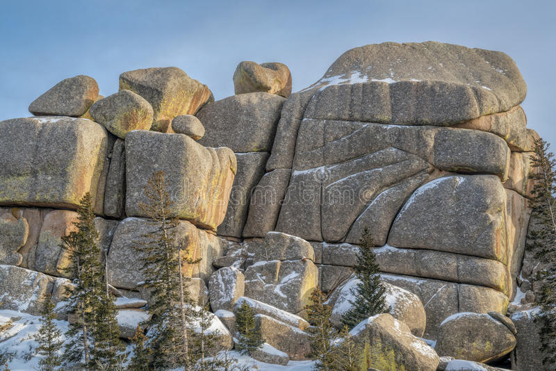 Formación de roca del granito en la zona de recreo de Vedauwoo imagen de archivo libre de regalías