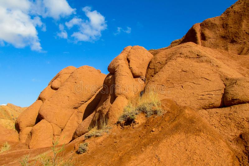 Formación de roca en Kirgyzstan fotos de archivo