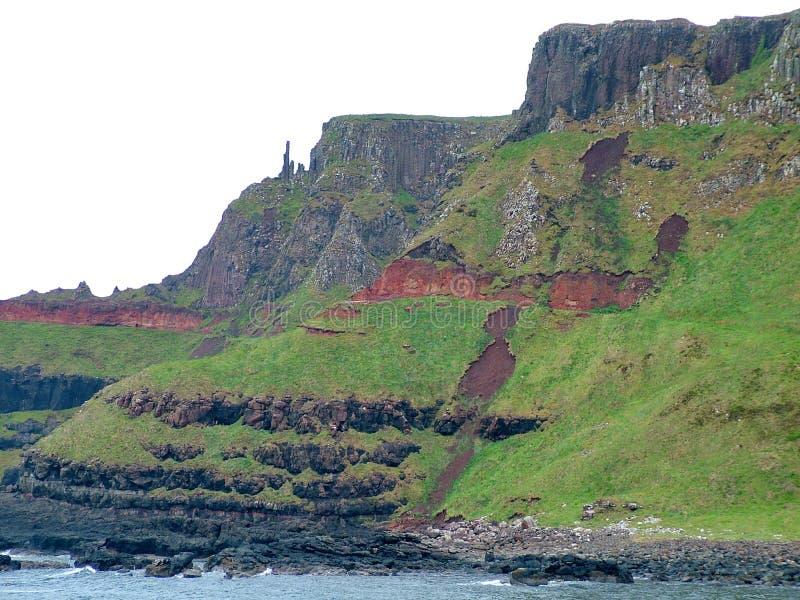 Formación de roca inusual en el terraplén gigante del ` s imagen de archivo libre de regalías