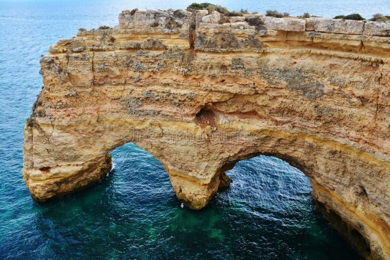 Formación de rocas de Algarve foto de archivo
