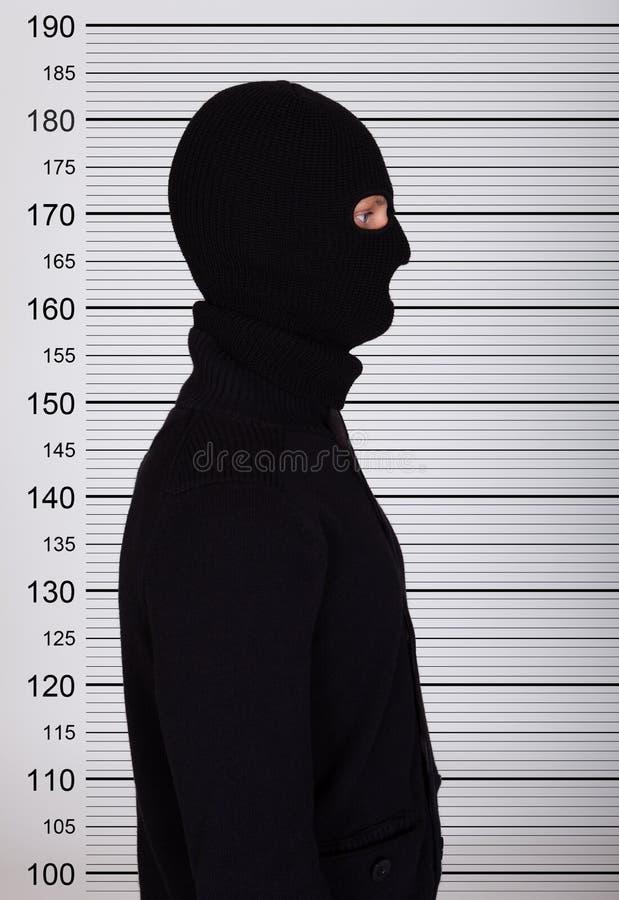 Formación de Standing Against Police del ladrón imagenes de archivo