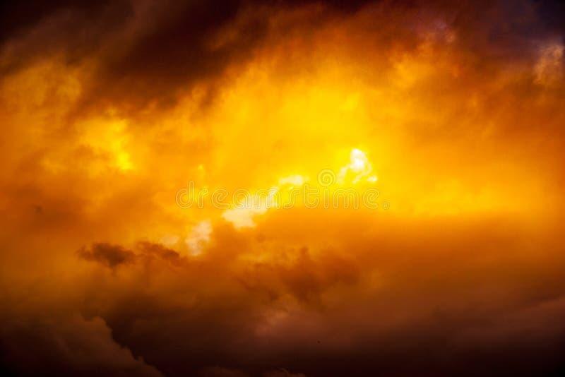Formación suave, mullida y colorida de la nube fotos de archivo libres de regalías