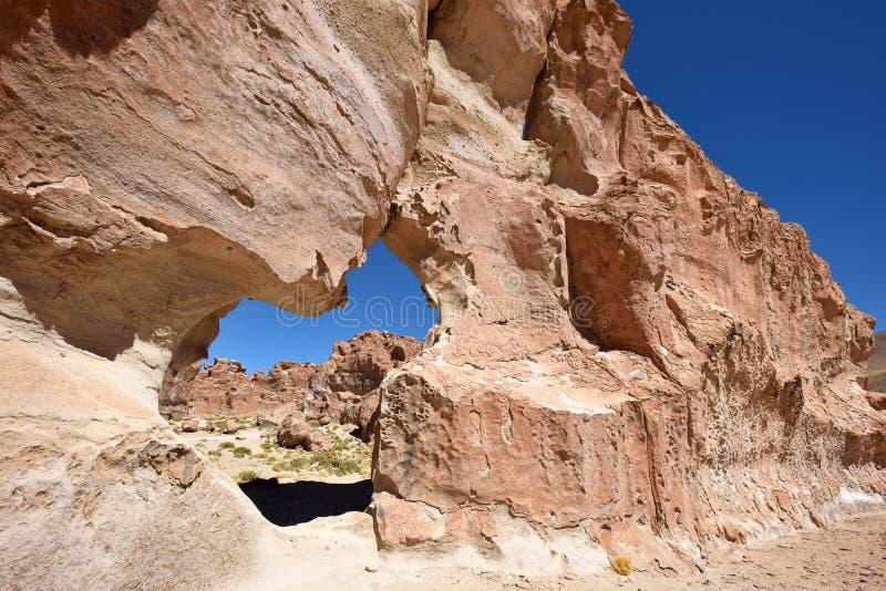 Formaciones de roca extrañas en Altiplano, Bolivia fotografía de archivo