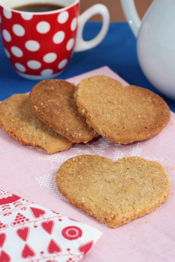 formade valentiner för kakor hjärta arkivbilder
