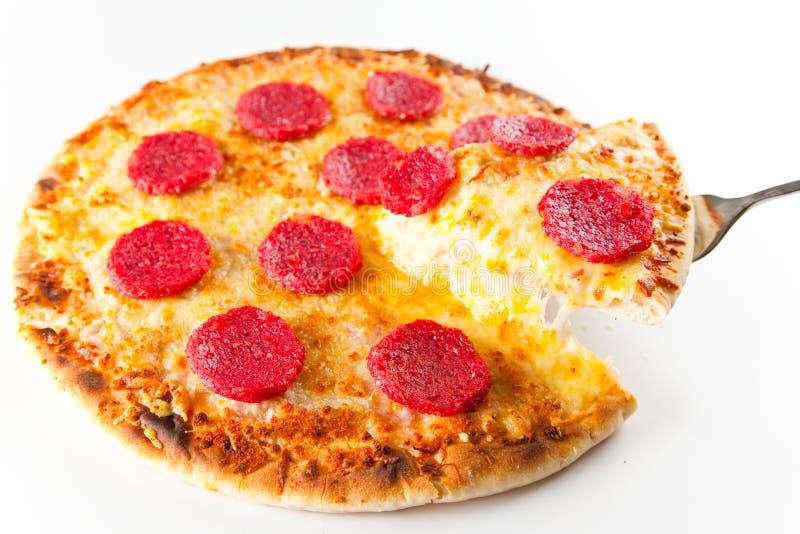 Formaggio e pizza di merguez immagini stock libere da diritti