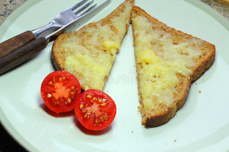 Formaggio su pane tostato fotografie stock libere da diritti
