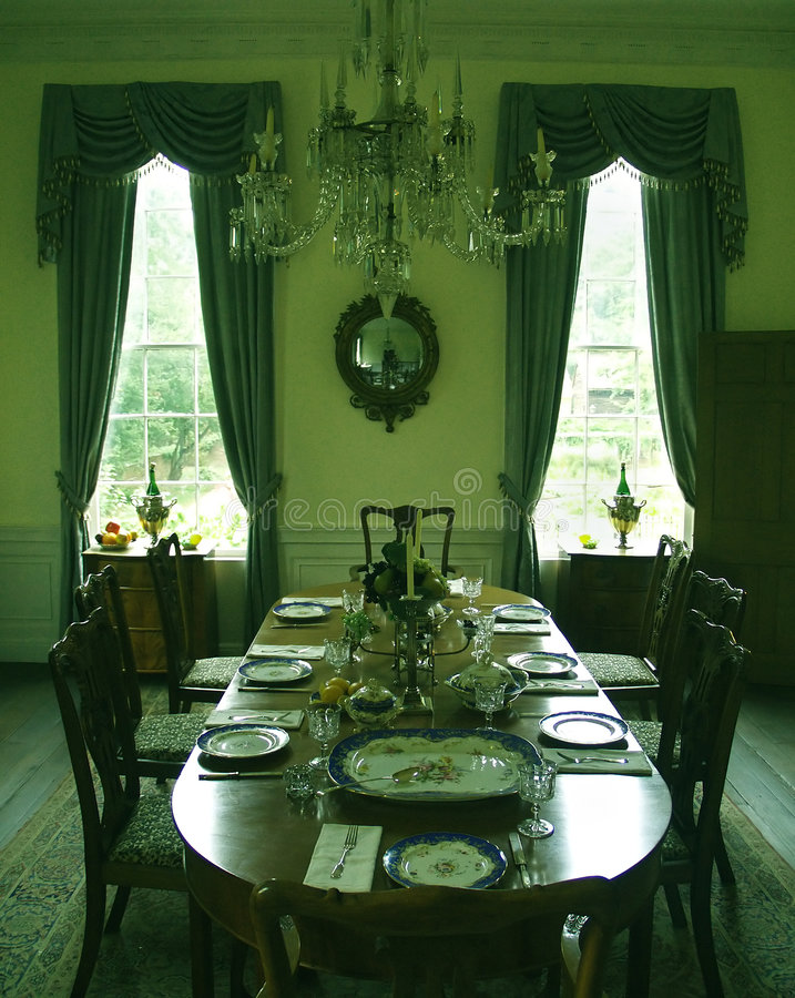 Free Formal Dining Room Royalty Free Stock Photos - 3185418