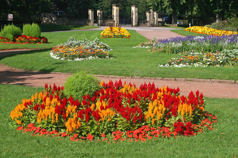 Download Formal garden stock photo. Image of lawn, warwick, formal - 15846728