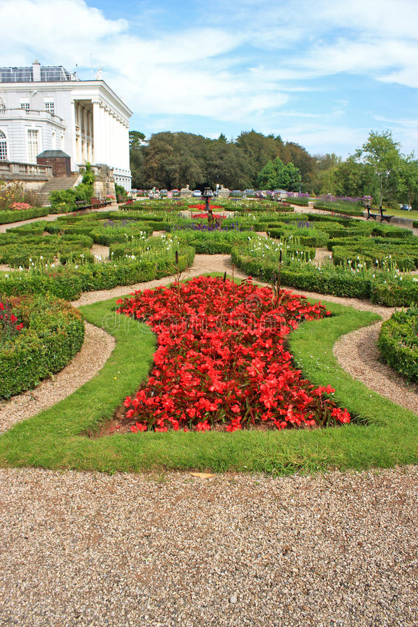 Download Formal Gardens stock photo. Image of oldway, paignton - 32974438