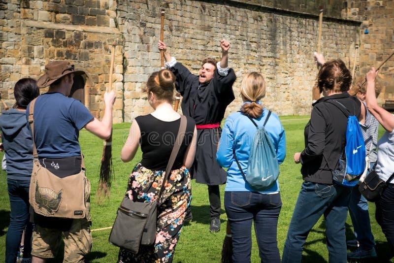 Formation de Harry Potter Broomstick au château d'Alnwick photos stock