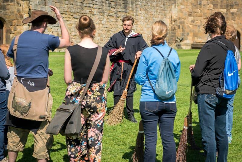 Formation de Harry Potter Broomstick au château d'Alnwick photographie stock libre de droits
