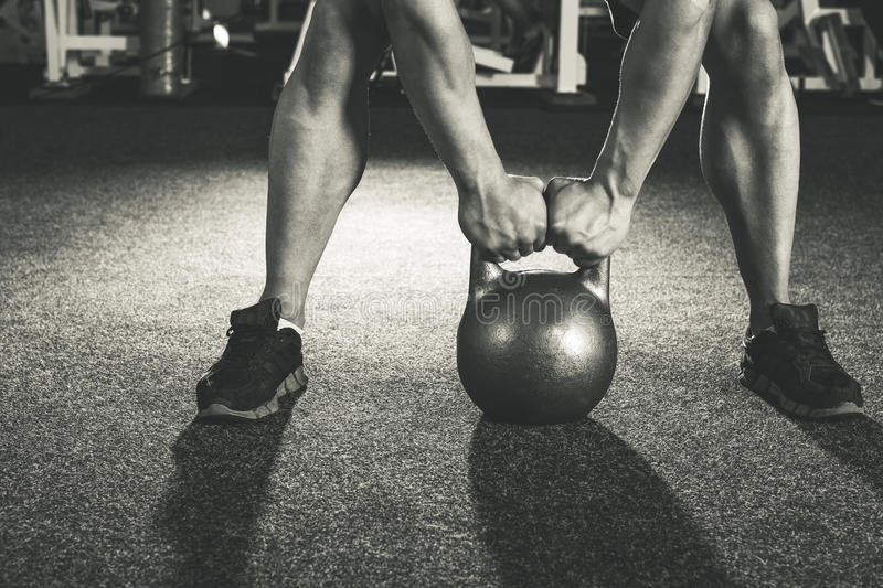 Formation de kettlebell de Crossfit photos stock