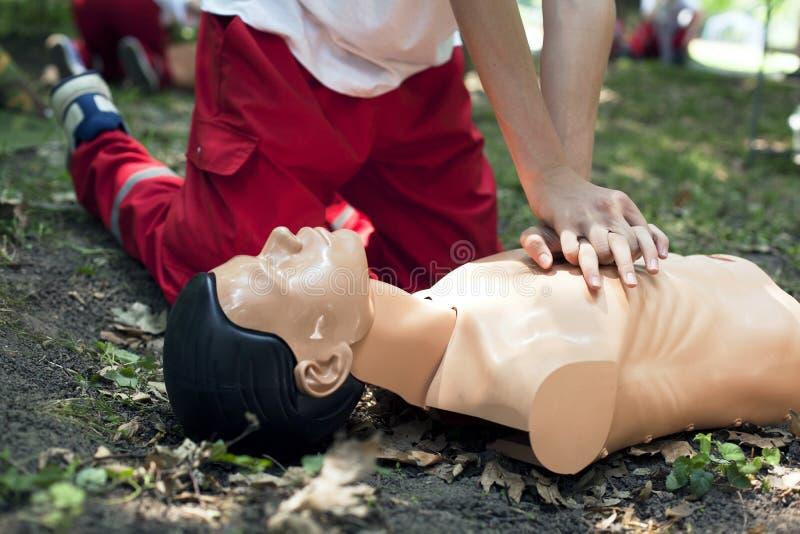 Formation de premiers secours images libres de droits
