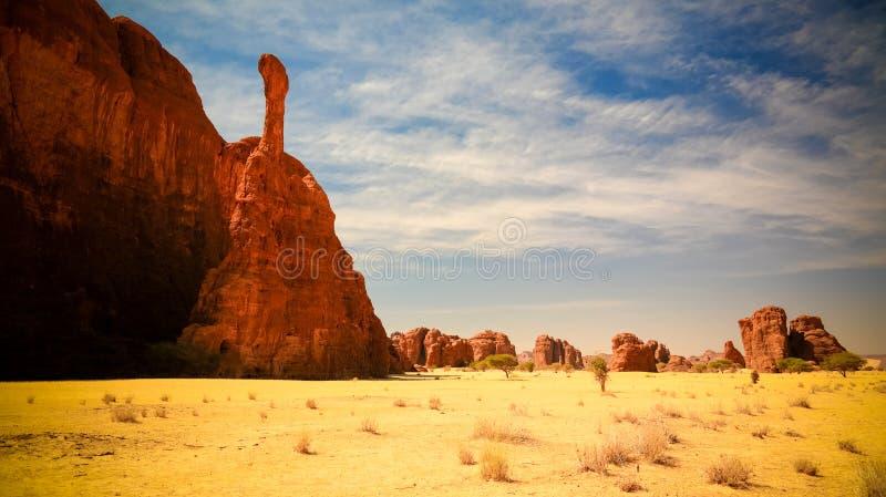 Formation de roche abstraite à la flèche d'Ennedi de plateau aka, Tchad photos libres de droits