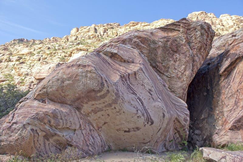 Formation de roche de gr?s ? la garde rouge de nature de roche images libres de droits