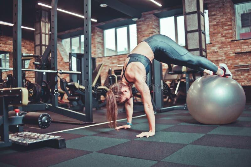 Formation sportive de femme images stock