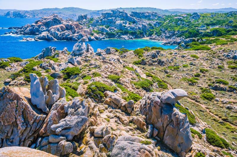 Formations de roche bizarres de granit dans le Testa de capo, Sardaigne, Italie image stock