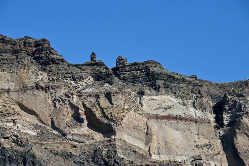 Formations de roche dans Santorini photographie stock libre de droits