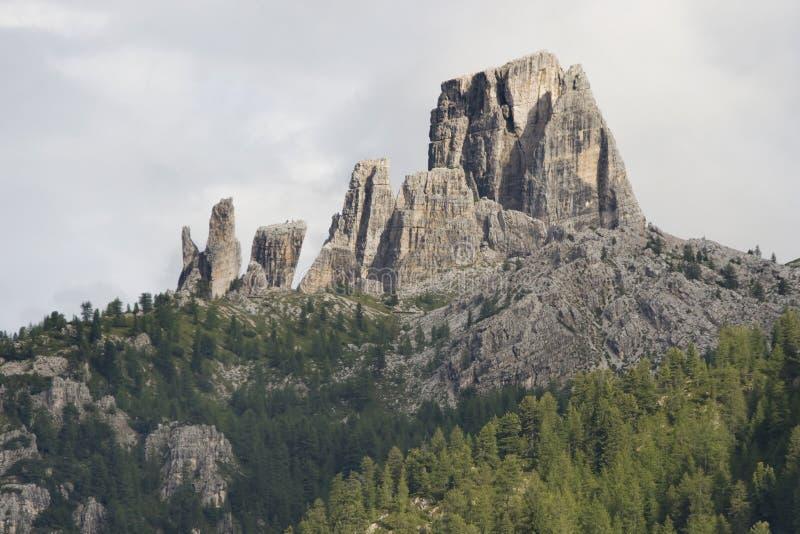 Formations de roche de Cinque Torri photos libres de droits