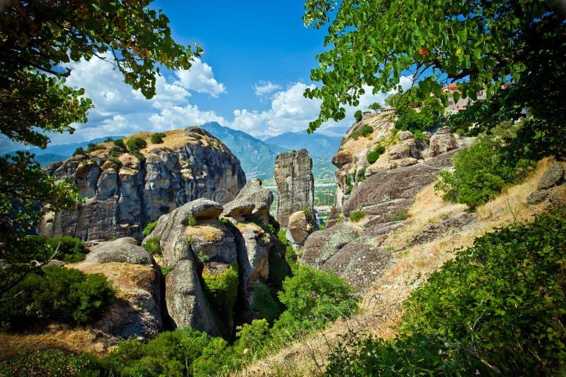 Download Formations De Roche De Meteora Photo stock - Image du horizontal, falaise: 77160362