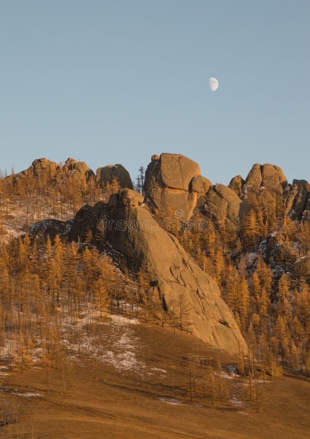 Formations de roche de parc national de Gorkhi-Terelj image stock