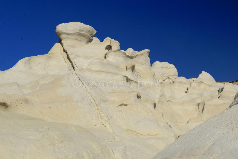 Formations de roche de plage de Sarakiniko photo libre de droits