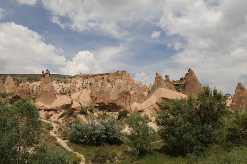 Formations de roche en vallée de Devrent, Cappadocia images stock