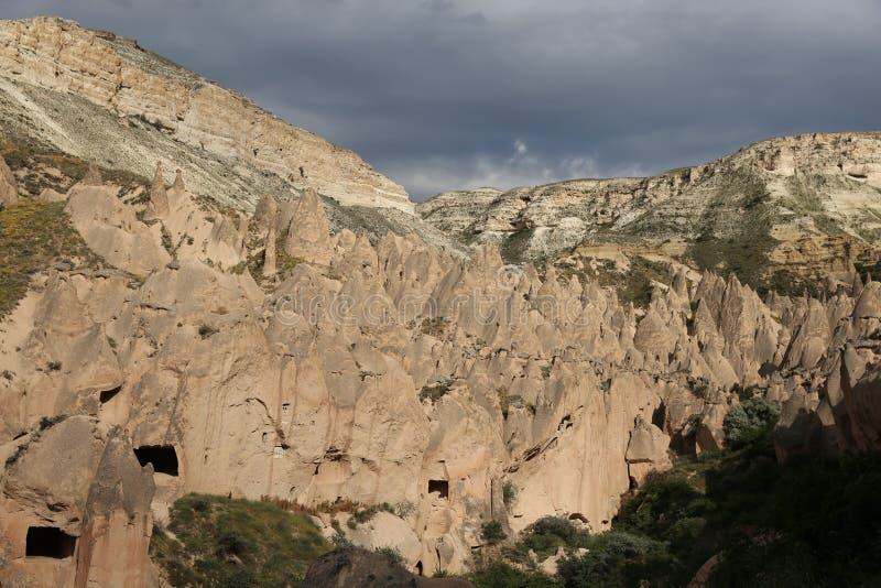 Formations de roche en vallée de Zelve, Cappadocia image libre de droits