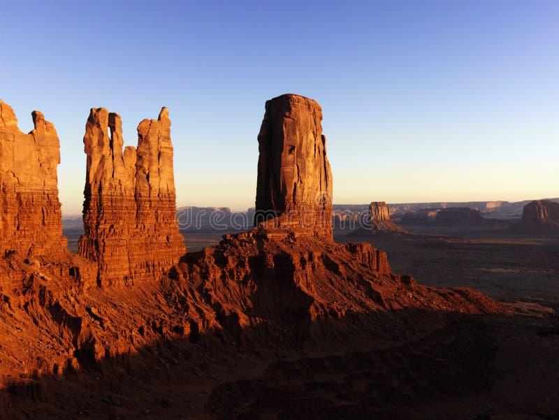 Formations de roche grandes en vallée P national de monument images stock