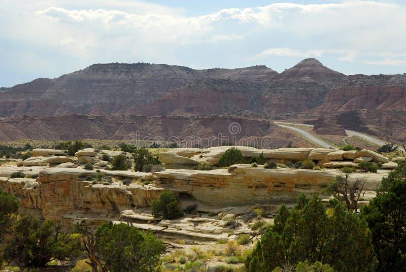 Formations de roche scéniques le long de 70 d'un état à un autre en Utah images libres de droits