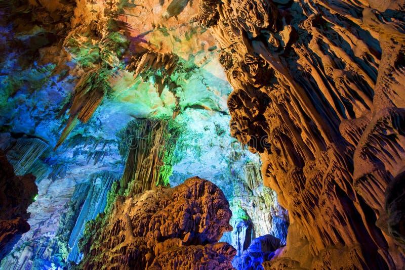 Formations de stalactite et de Stalagmite photos libres de droits