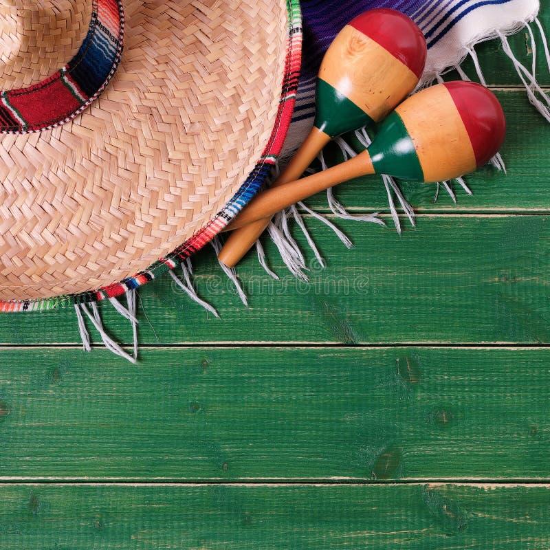 Formato messicano del quadrato del sombrero del Messico del fondo del de Mayo di cinco fotografie stock