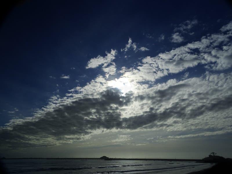 Formazione lunga della nuvola fotografia stock libera da diritti