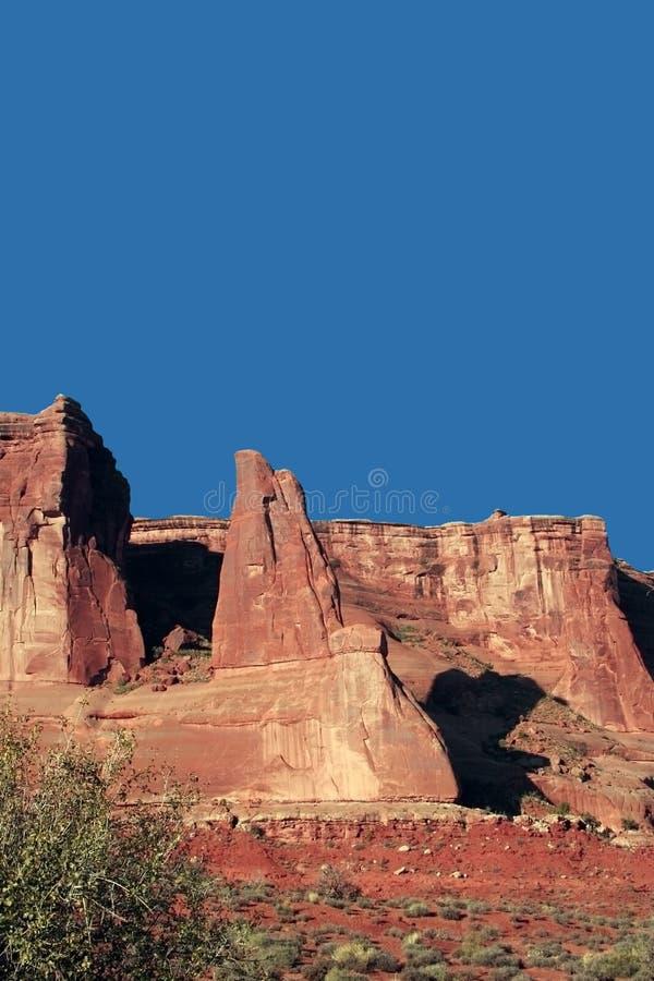 Download Formazioni rocciose fotografia stock. Immagine di nave - 7316472
