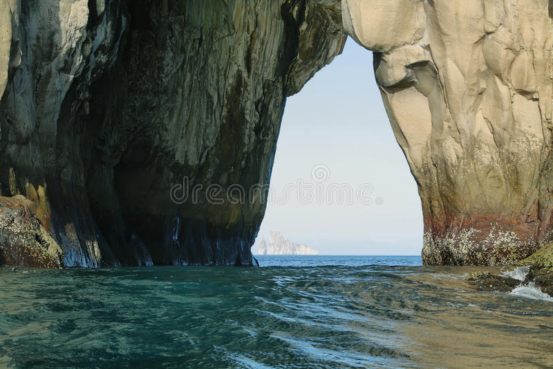 Formazioni rocciose della collina della strega nell'isola di San Cristobal immagine stock libera da diritti
