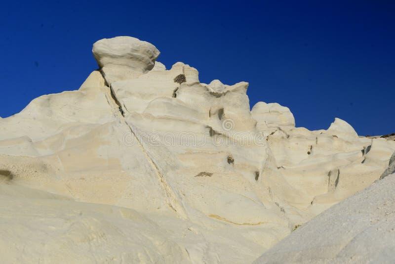 Formazioni rocciose della spiaggia di Sarakiniko fotografia stock libera da diritti