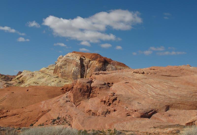 Formazioni rocciose graziose in valle del parco di stato del fuoco, Nevada fotografia stock libera da diritti