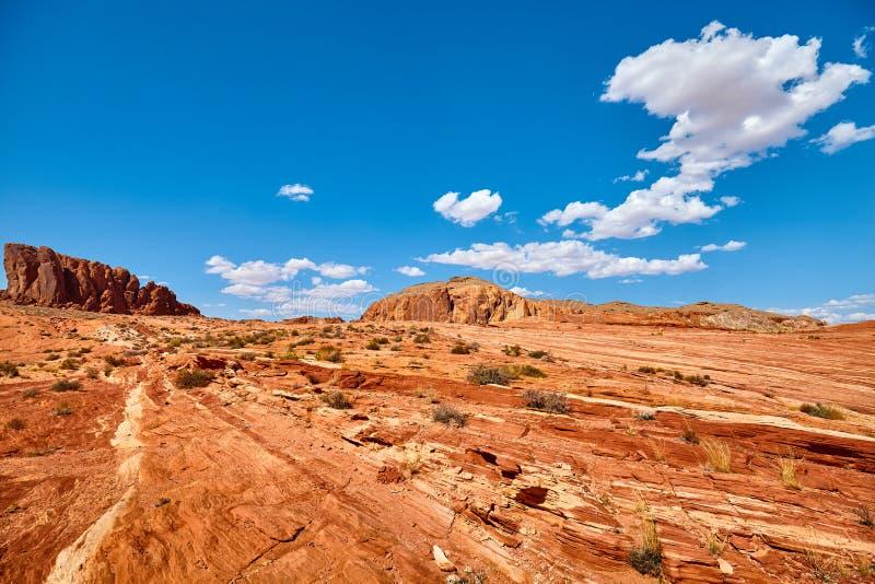 Formazioni rocciose nella valle del parco di stato del fuoco, U.S.A. immagini stock