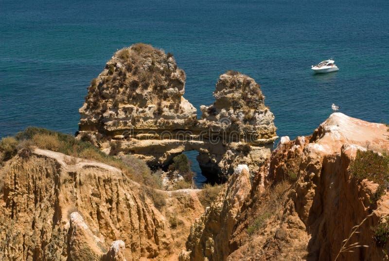 Formazioni rocciose vicino a Lagos, Portogallo immagini stock
