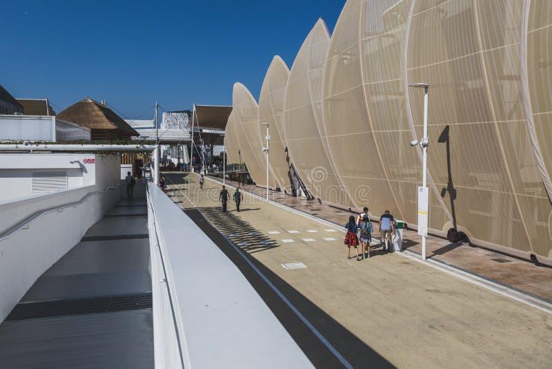 Forme architettoniche all'Expo 2015 a Milano, Italia immagini stock libere da diritti