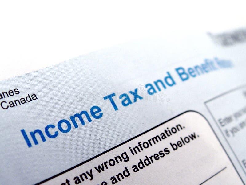 Forme d'impôt sur le revenu photographie stock libre de droits