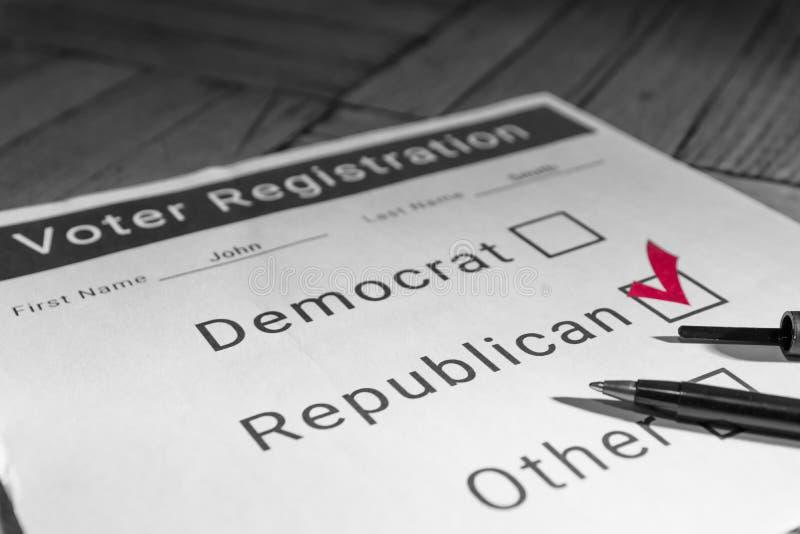 Forme d'inscription des électeurs - républicain photos stock