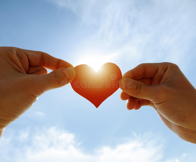 Download Forme de coeur sur le ciel photo stock. Image du detail - 56484328