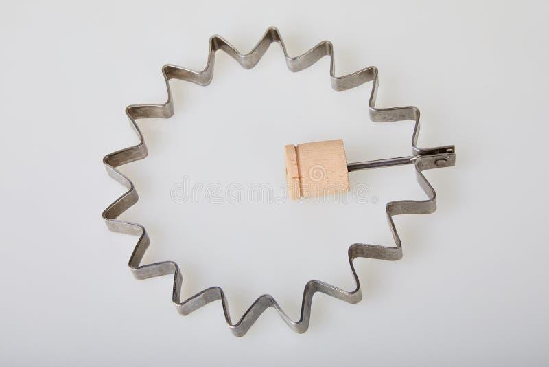 Forme de forme d'étoile pour l'oeuf au plat d'isolement sur le fond blanc photo stock