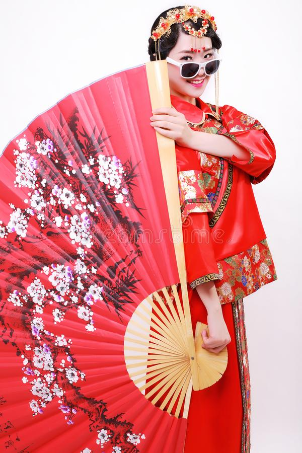 """Forme o estilo chinês vestido de casamento chinês do"""" — do †foto de stock"""
